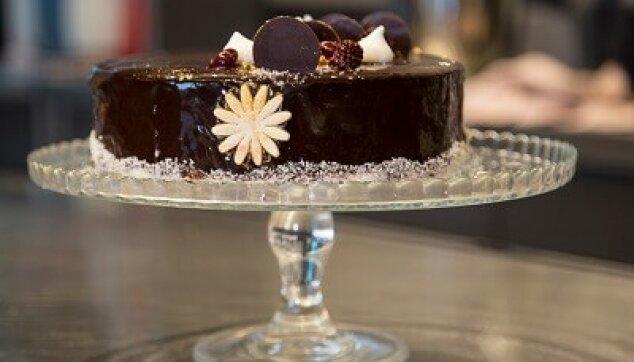 עוגת שוקולד עגולה